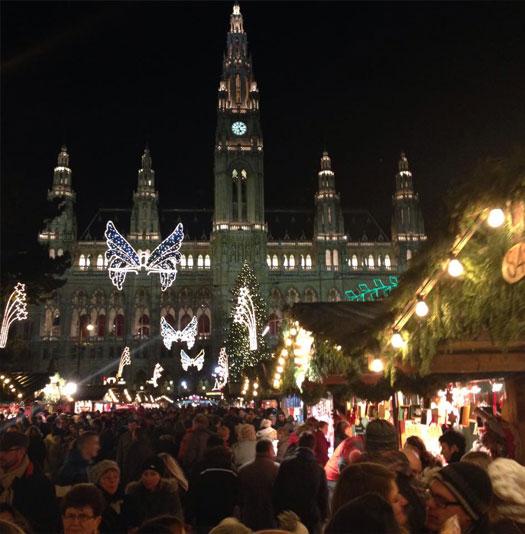 weihnachtsmarkt-rathaus-1